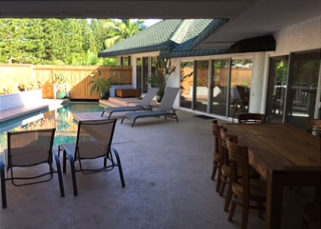 Pool area with new lanai table