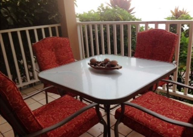 New patio set  wwwkonacoastvacationscom