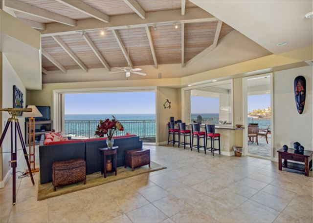 Indoor-outdoor living- enjoy the ocean breezes!