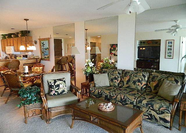 Living RoomDining Room