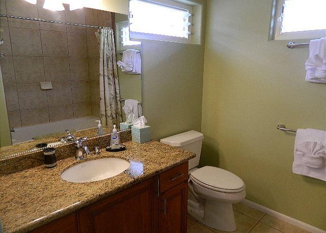 Bahtroom 3 Full Bath