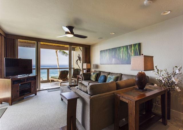Living Area with Large Flatscreen and Ocean Views