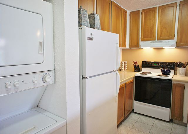 Kitchen  In Unit WasherDryer