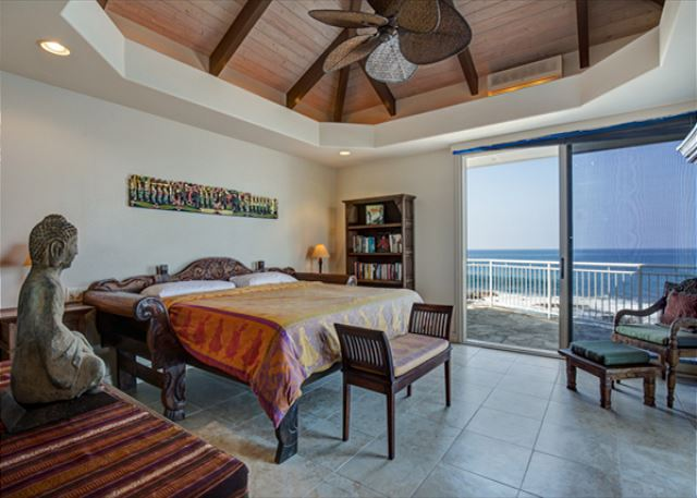 Bedroom Two with access to ocean front lanai