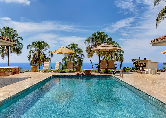 Large Private Pool with Spectacular Ocean Views!