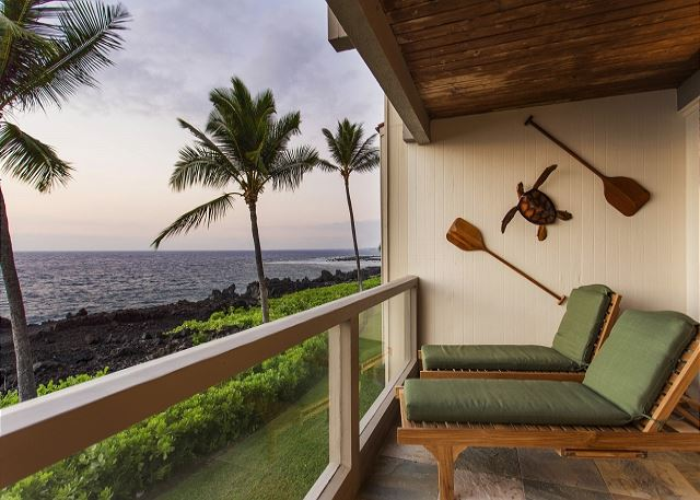 Comfortable Teak Loungers on Ocean Front Lanai