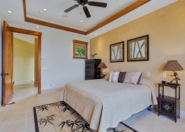 Junior Suite 2 with King Bed
