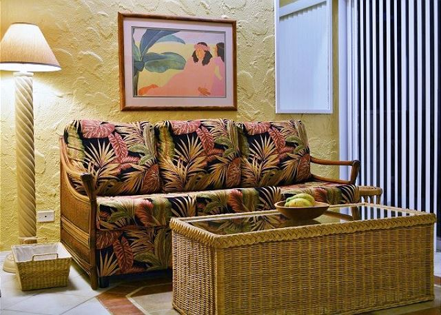 Living room                 wwwKona Coast Vacationscom