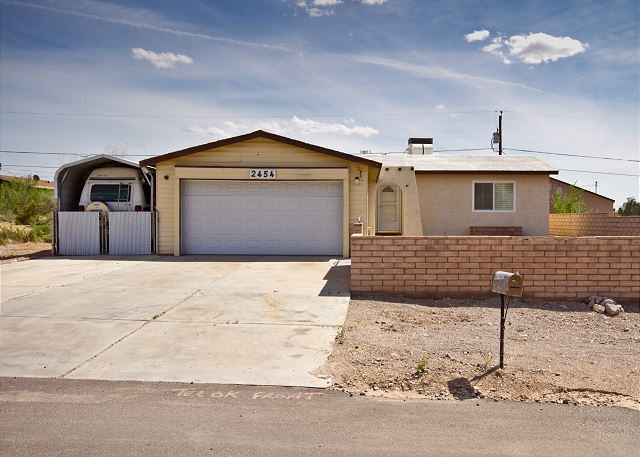 2454 Ripple Drive, Bullhead City, AZ  (WINTER ONLY) 2BD