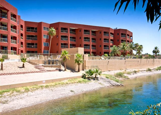 251 Moser Avenue, Bullhead City, AZ (Condo 203) 3BD (WINTER ONLY