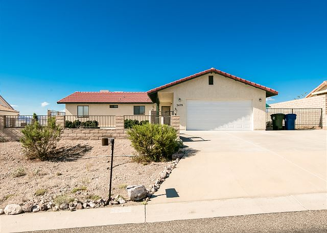 3479 Sunglow Drive, Bullhead City, AZ  (WINTER ONLY) 3BD