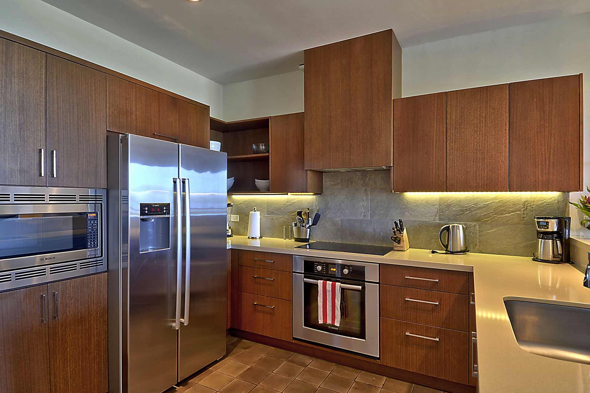Kitchen features Bosch appliances
