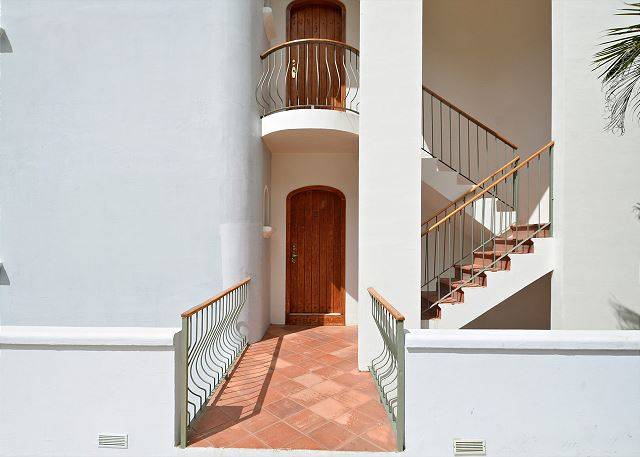 No stairs to climb to enter Monte Perla #2