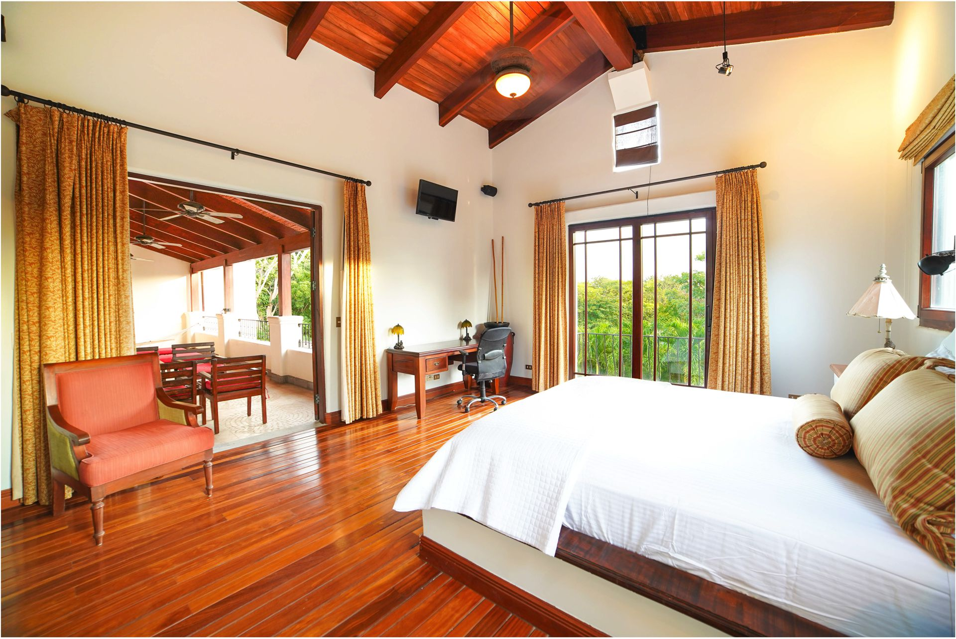 Spacious bedroom with access to terrace