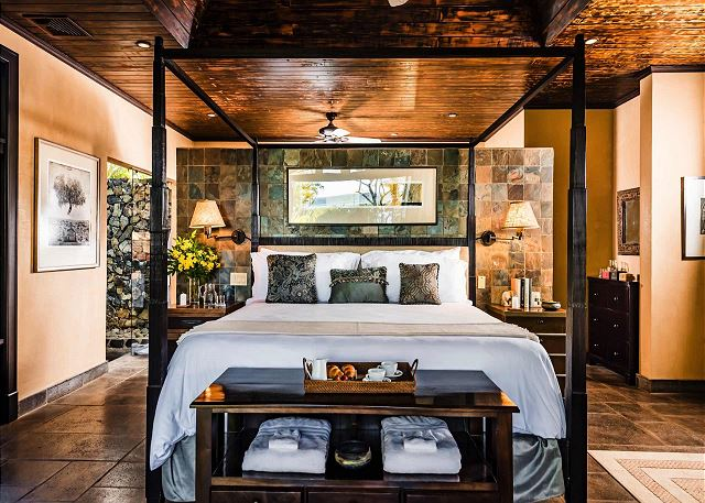 King suite with open shower