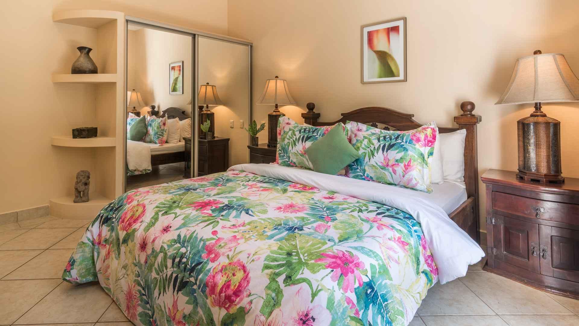 Guest bedroom, Sunrise 14