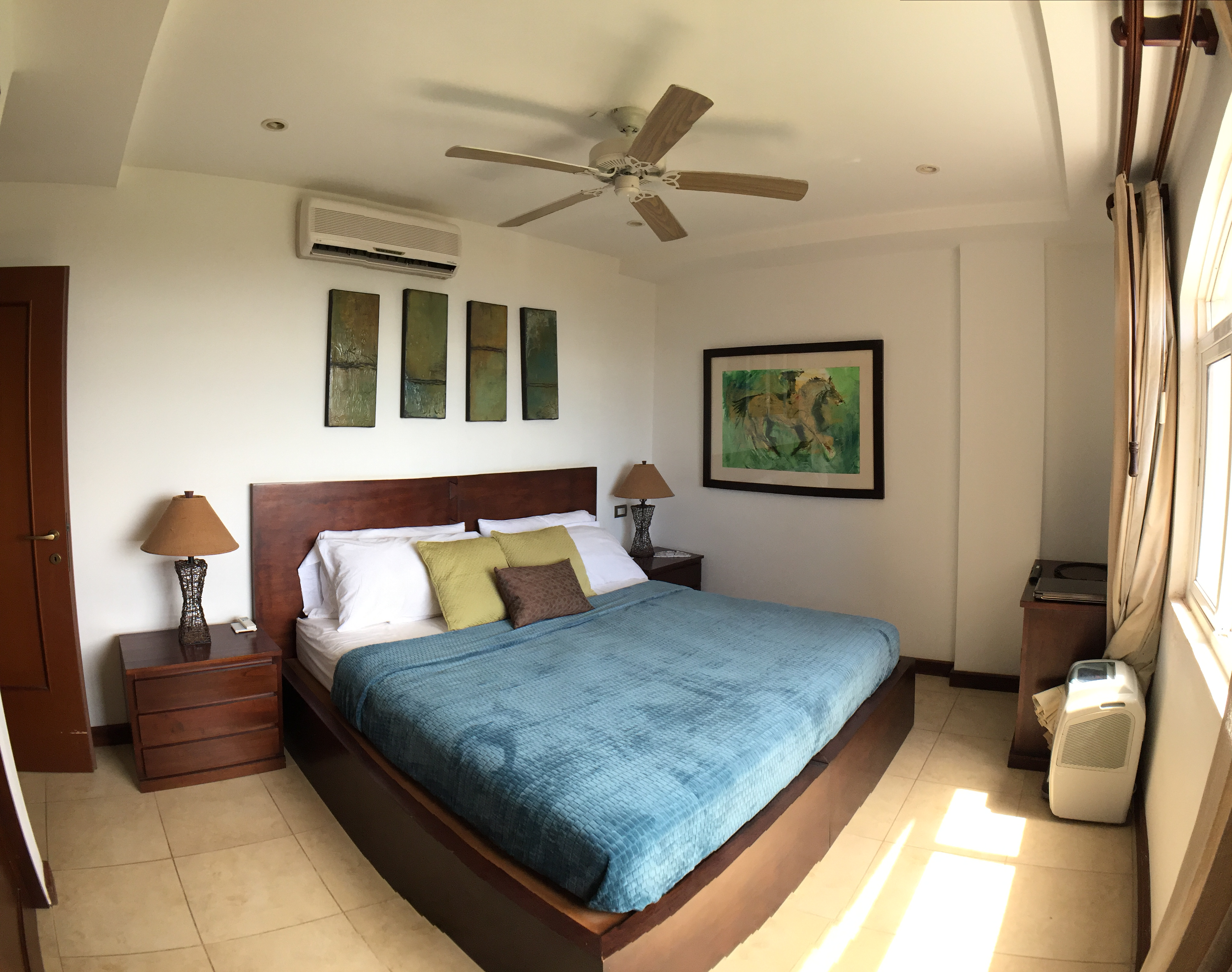 additional view of guest bedroom