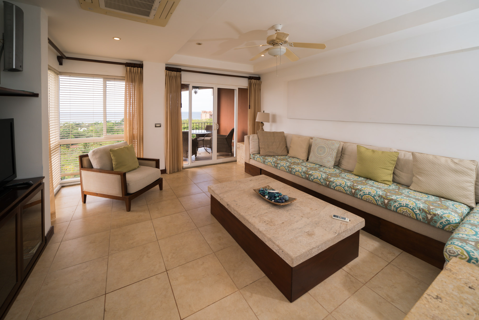 Perfect ocean-vista living room for leisure moments