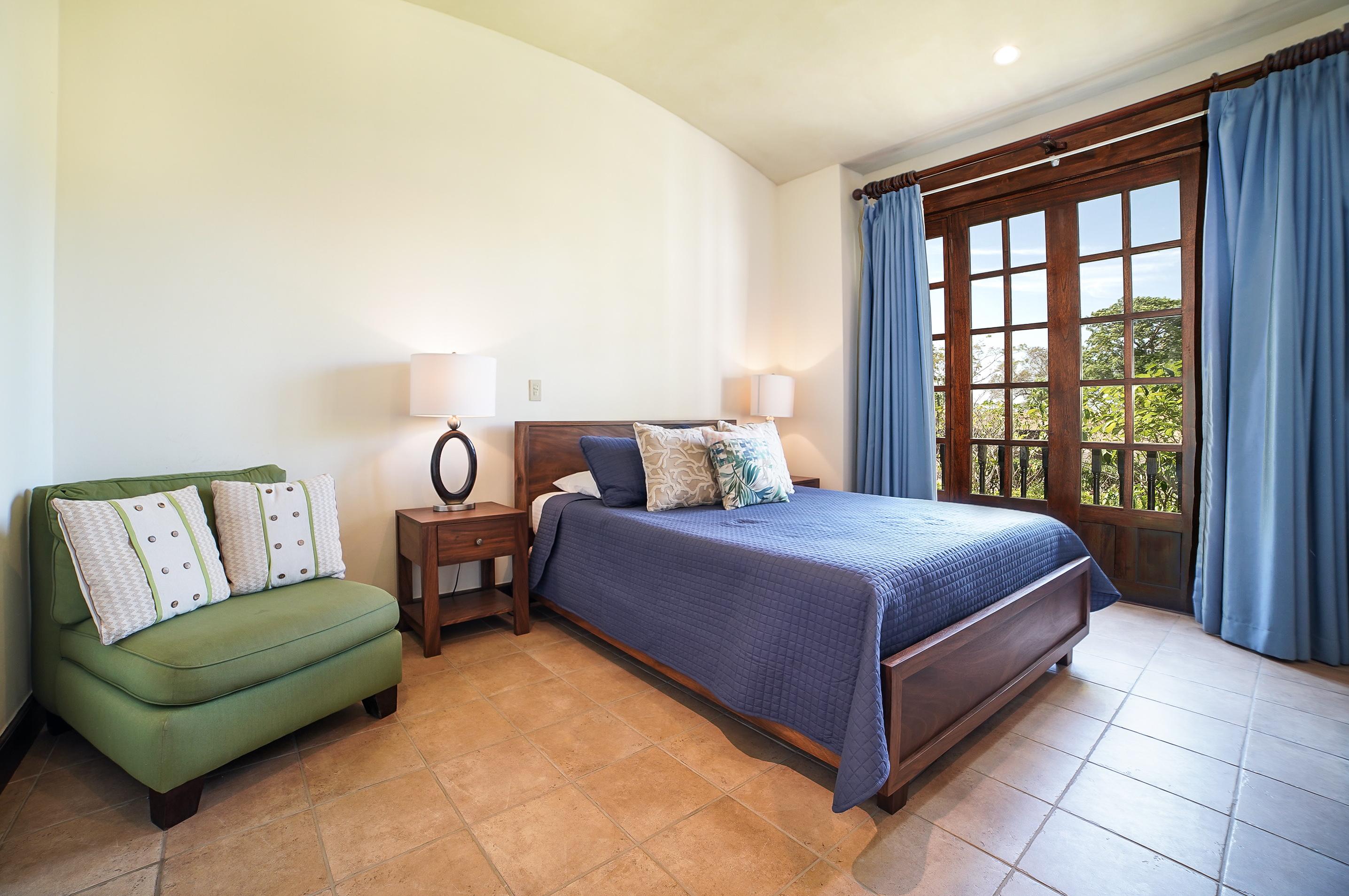 Ample guest suite