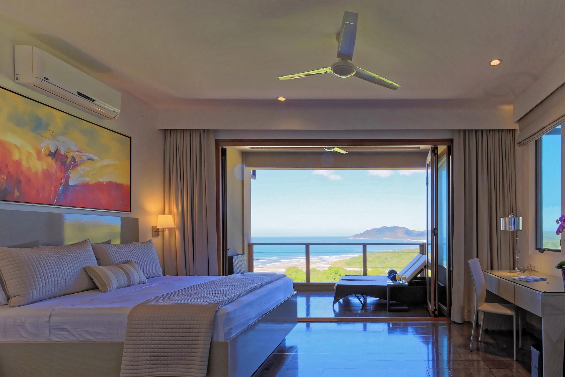Master bedroom with sliding doors (indoor/outdoor)