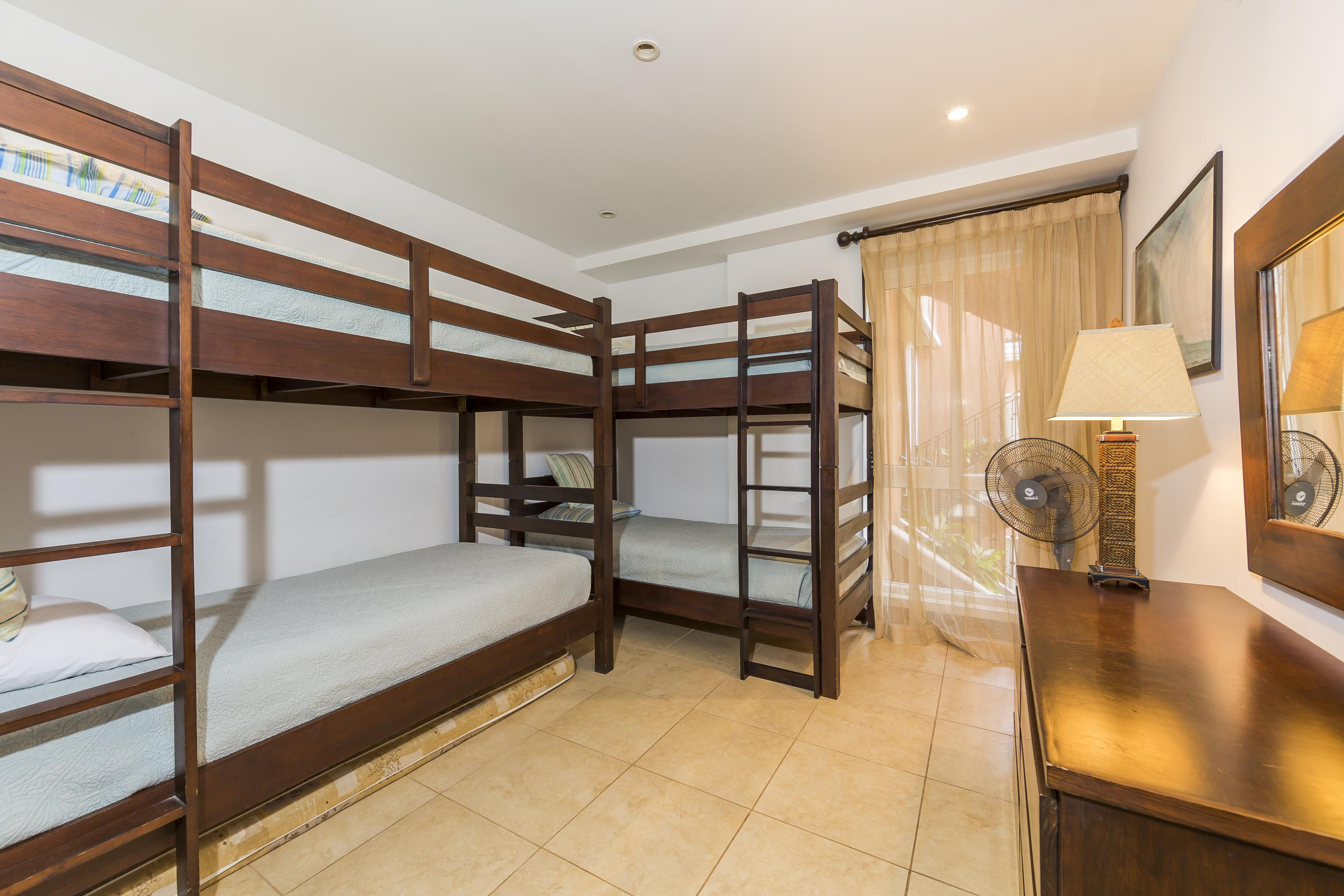 The youngest travelers love the bunk room