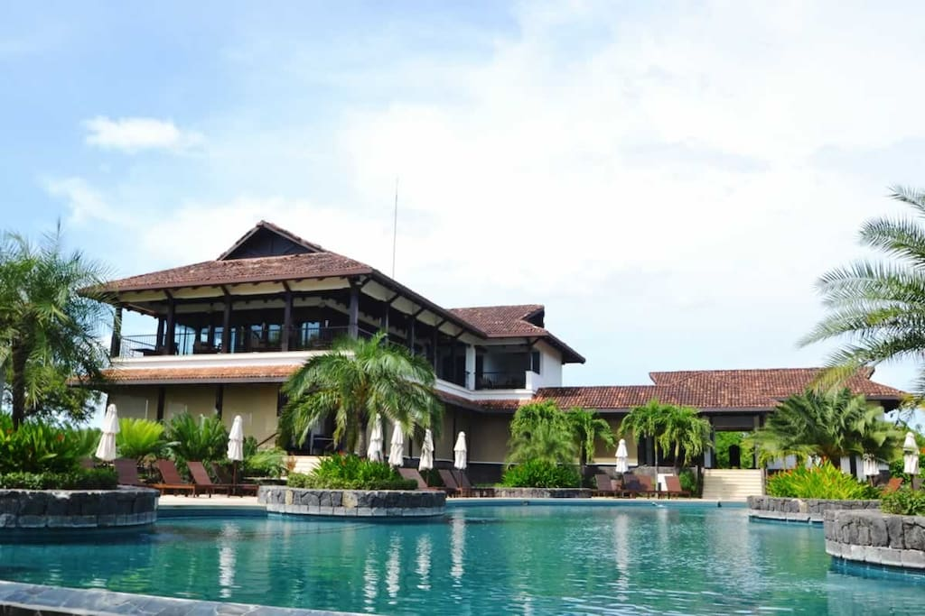 Hacienda Pinilla Beach Club with infinity pool