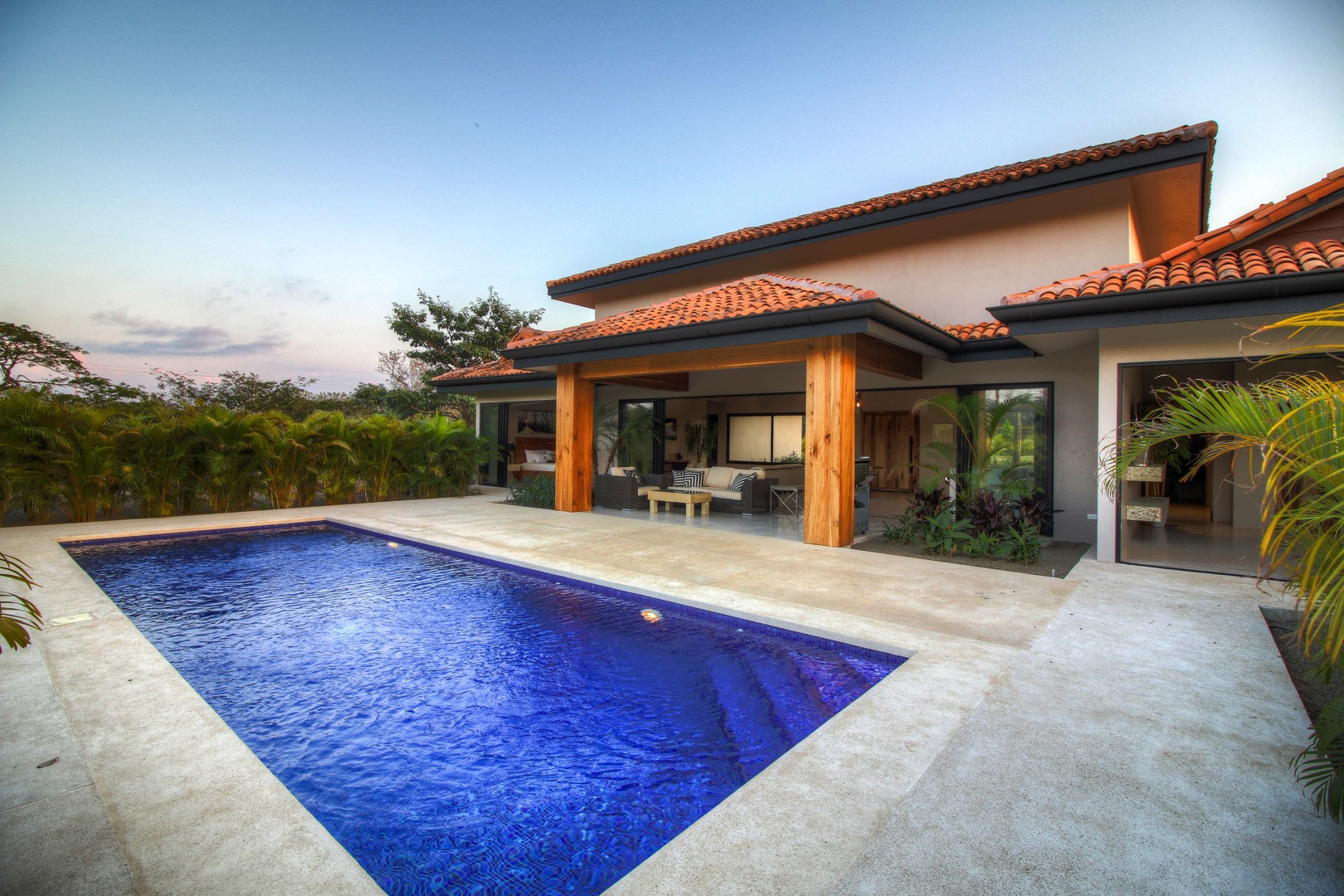 Complete privacy with tropical setting