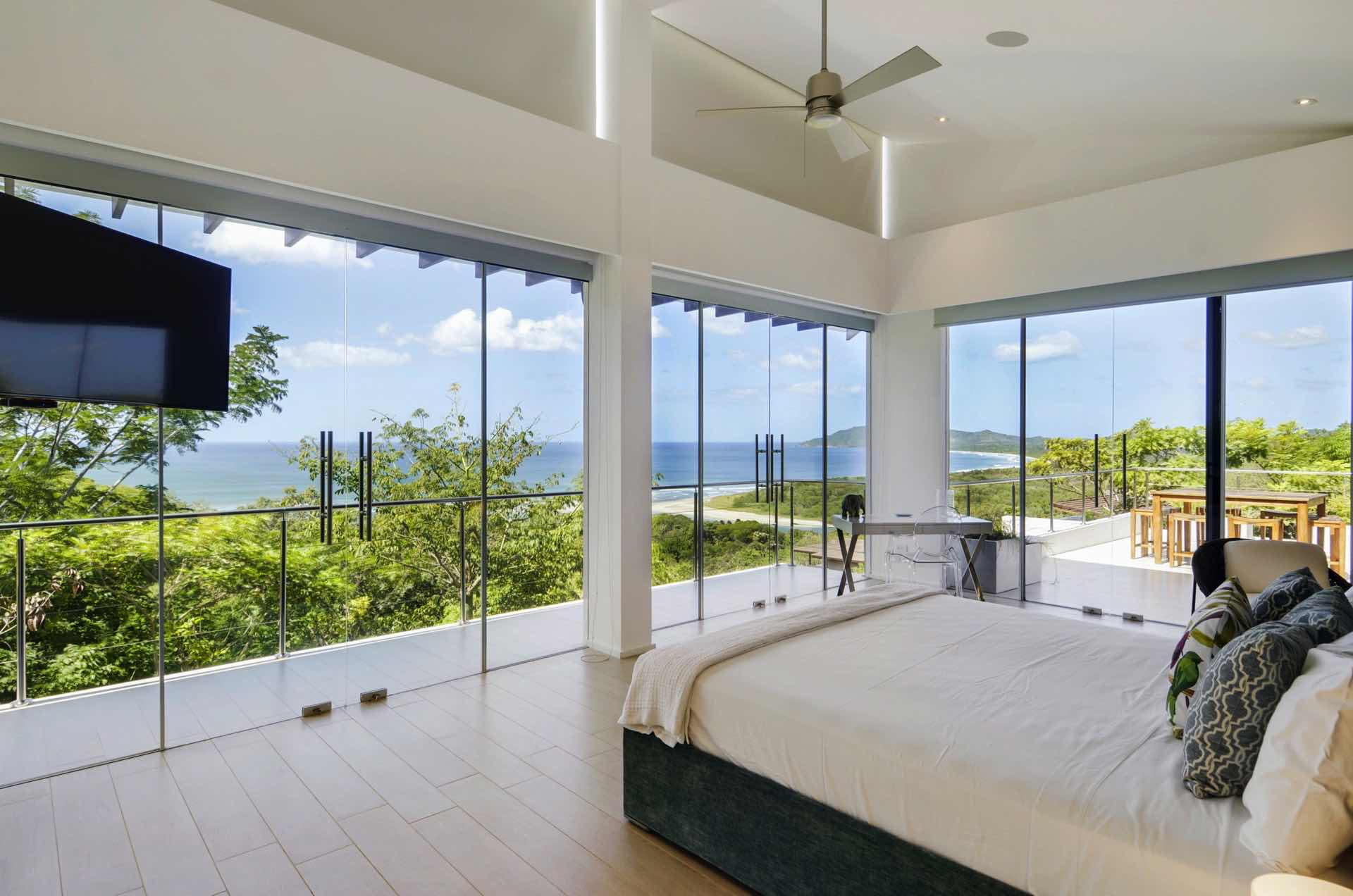 Imagine this view from bed? Once in a lifetime!