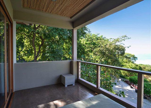 Villa 6 balcony