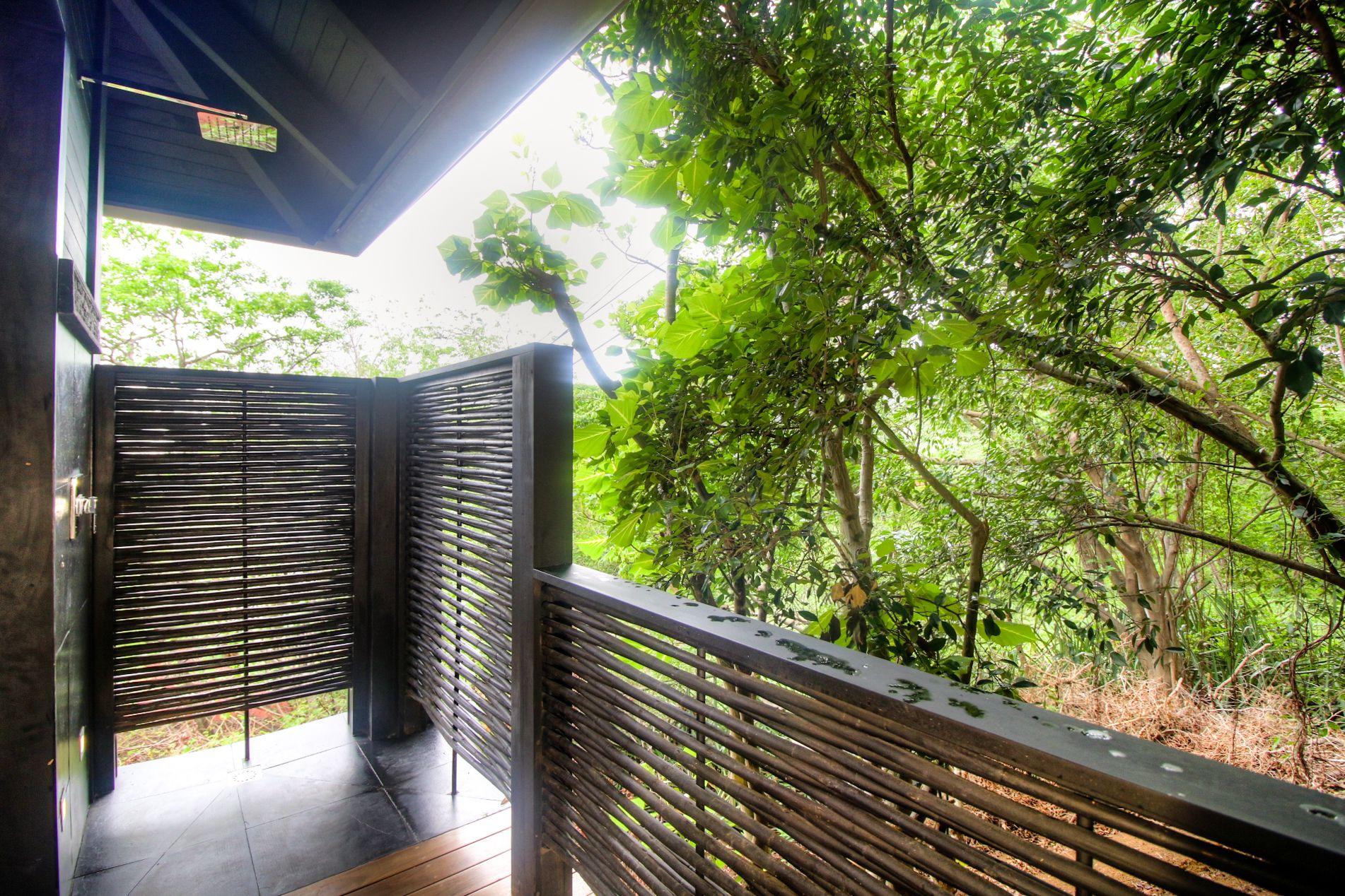 Elegant outdoor shower feels like tropical rain