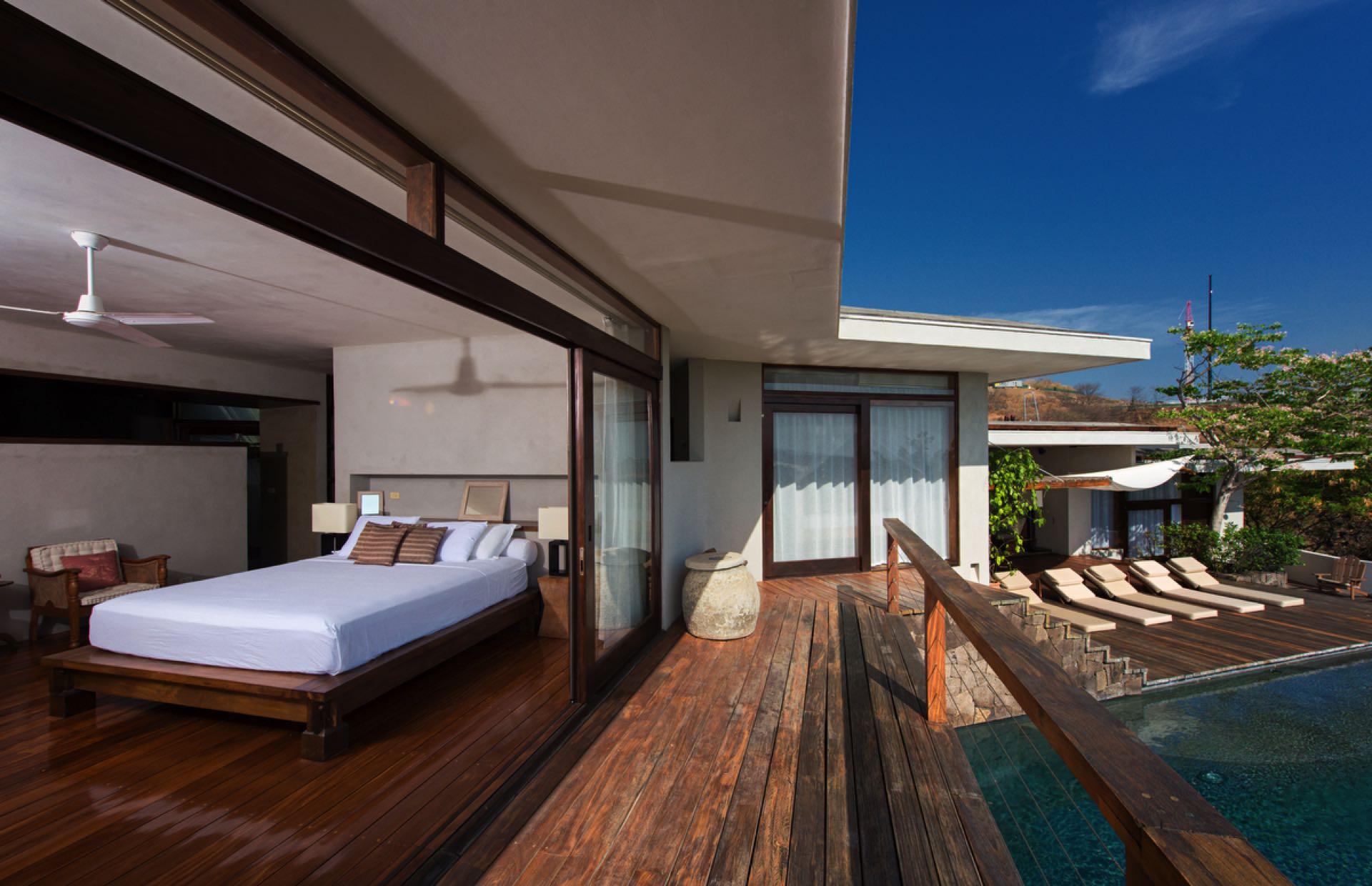 Poolside suite at Casa Puros Dieces