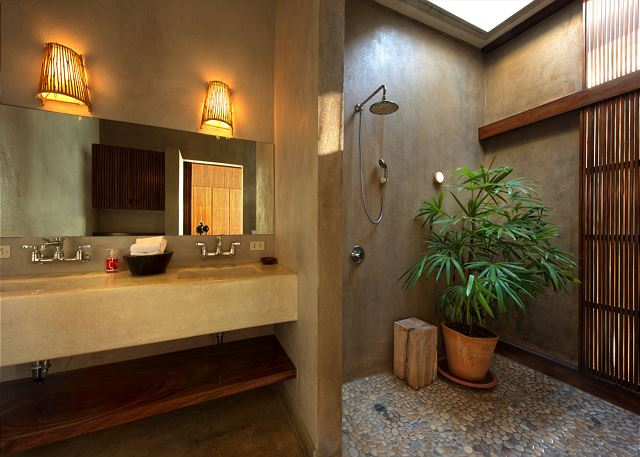 Private bath with open shower