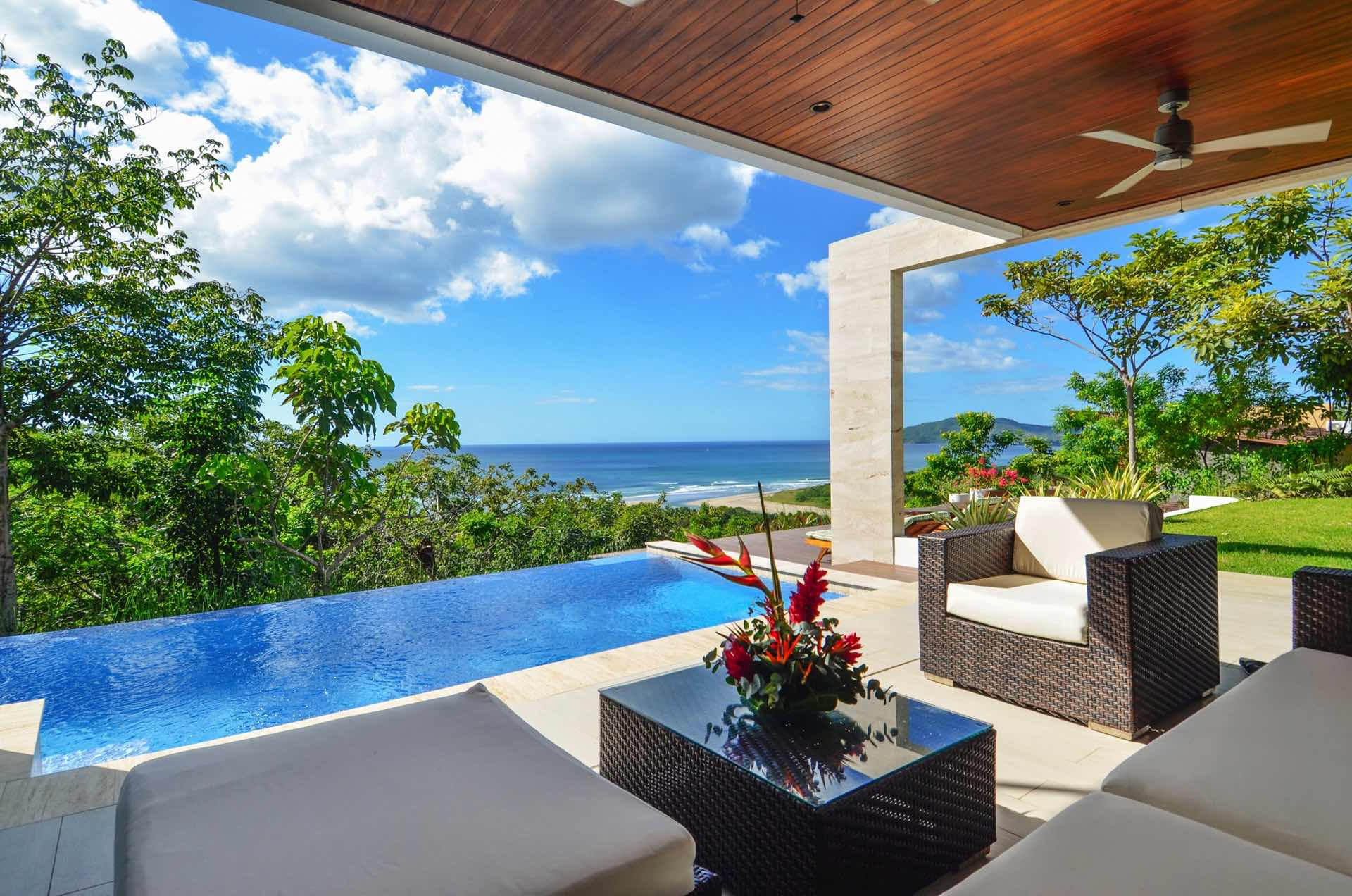 Enjoy a Costa Rican vacation in paradise
