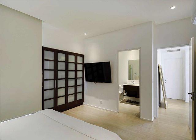 Ensuite bathroom our guest bedrooms