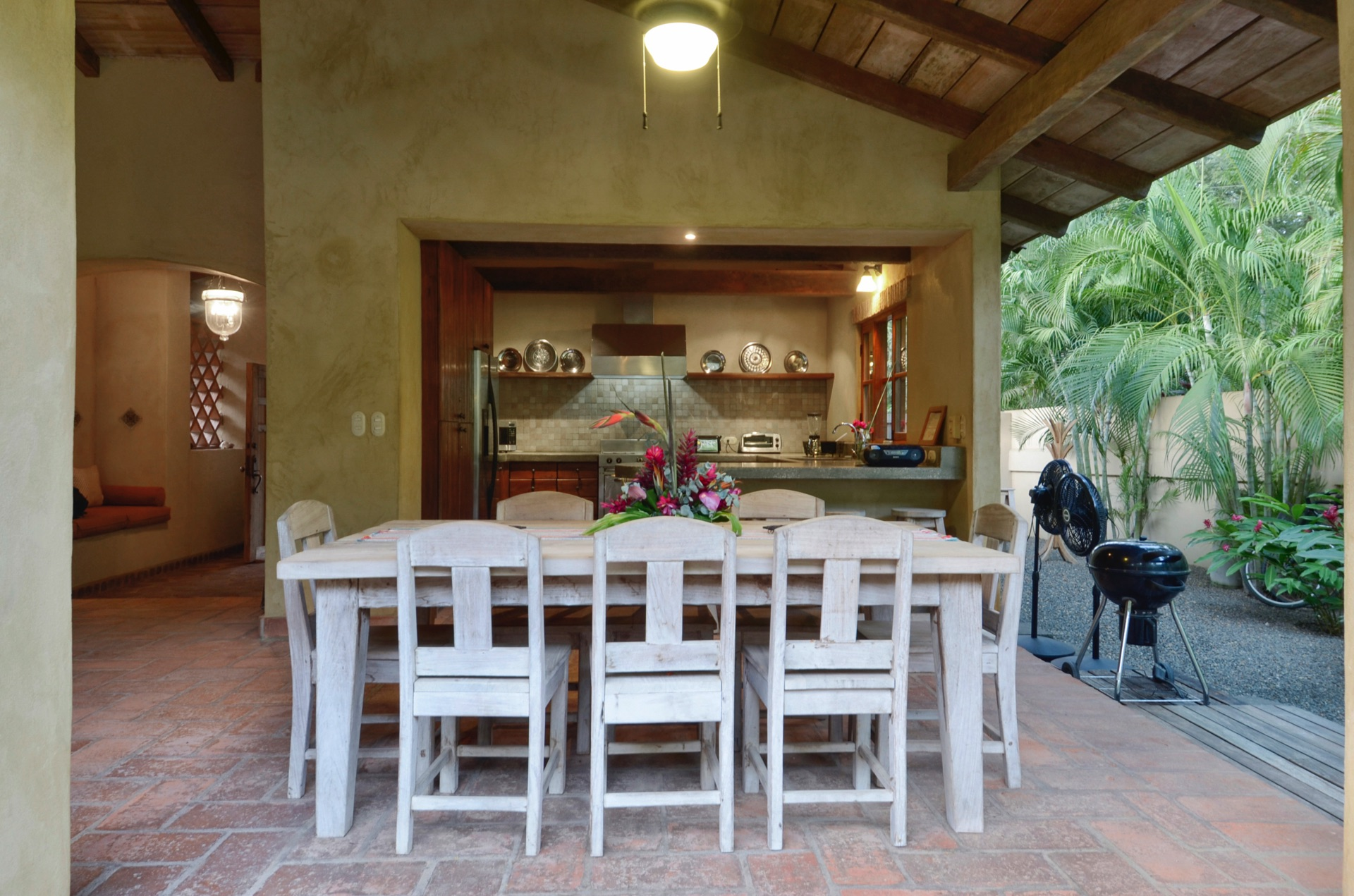 Open-air kitchen living and dining area