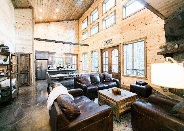 Fireside Creek Luxury Cabin