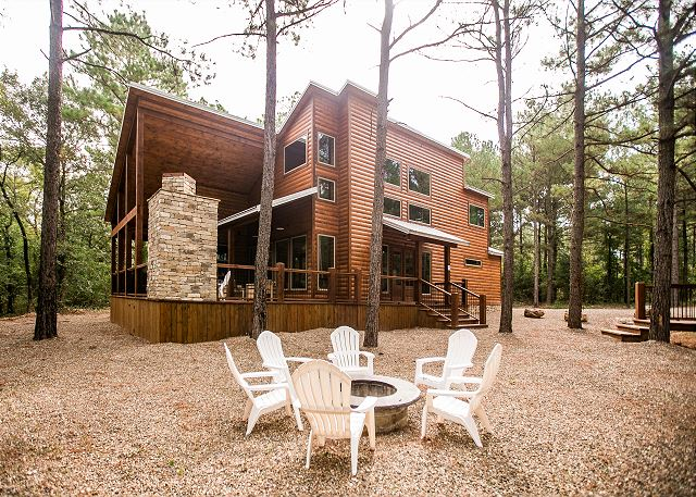 The Ritzy Ranch Luxury Cabin