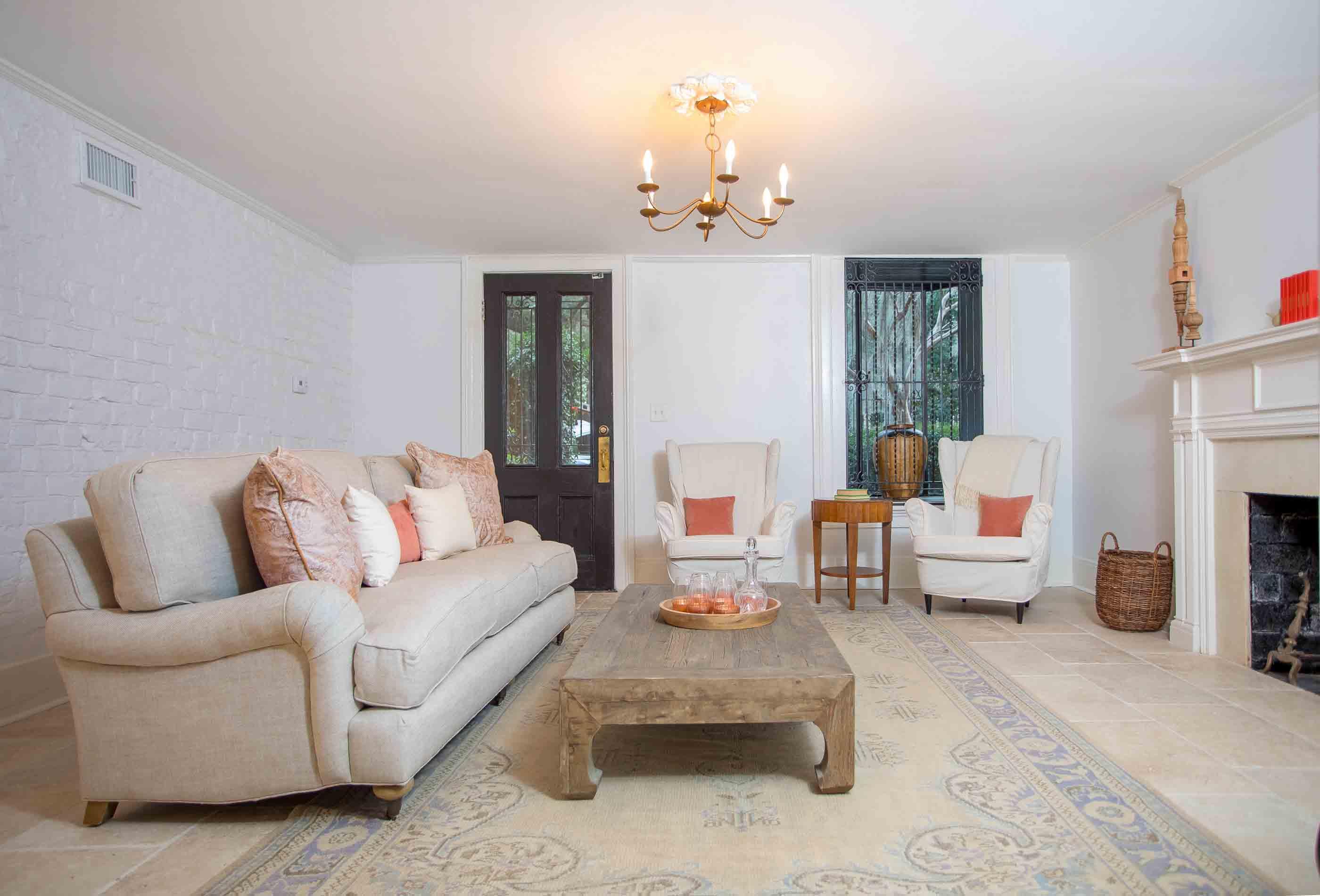 Mansion on Madison Garden Apartment | Savannah Rentals | Lucky Savannah
