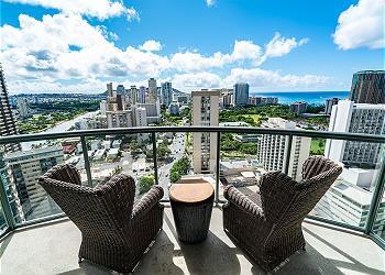 Allure Waikiki (AW04)
