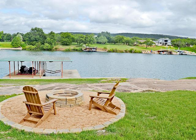 What a great place to enjoy your time at the lake! Make s'mores and memories at the Fire Pit!