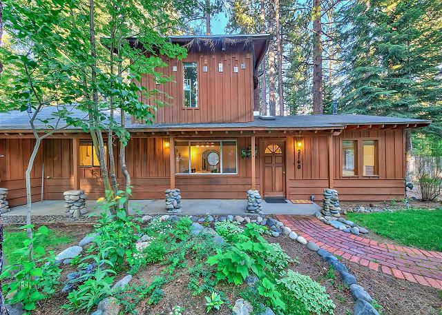 2140 12th Tahoe Cabin
