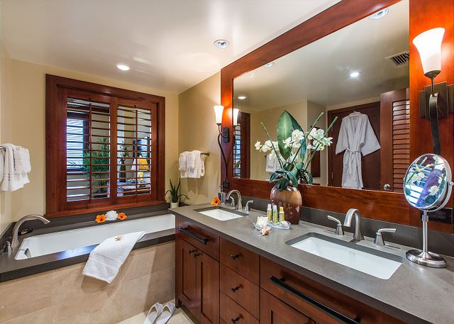 Master Ensuite Bathroom with Dual Sinks, Deep Soaking Tub, Separ