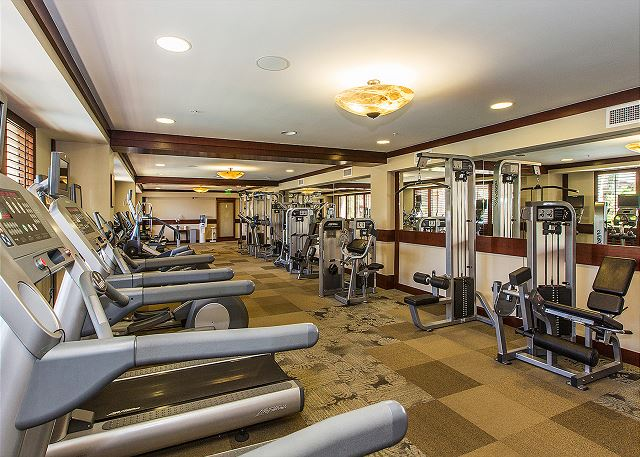 Fitness center with steam room and sauna