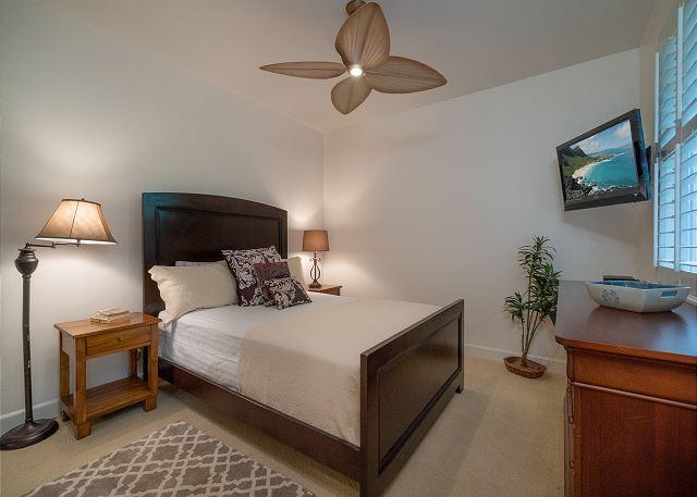 2nd Bedroom on main floor with queen bed