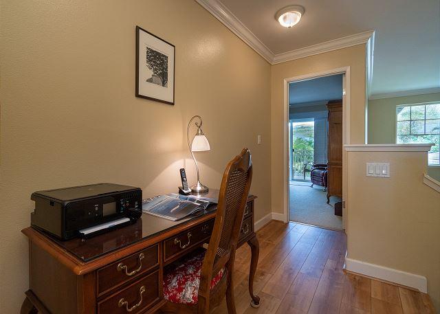 2nd floor hallway with desk