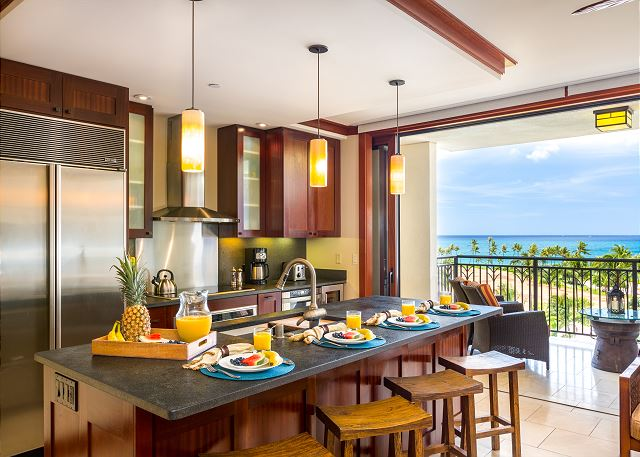 Gorgeous ocean views from the kitchen!