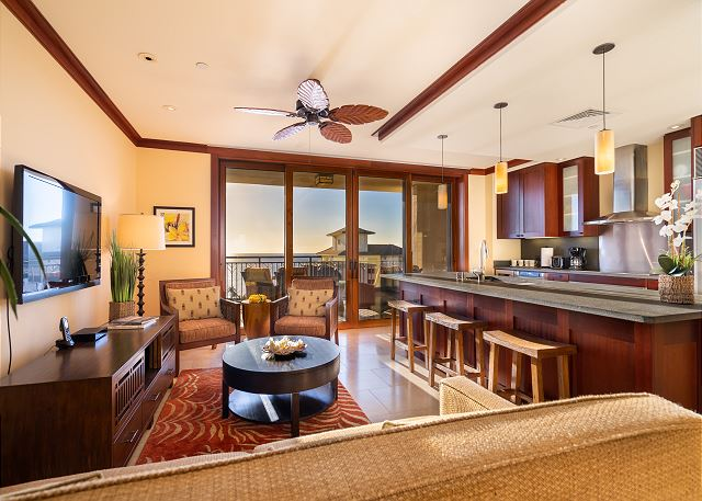 Living Room Kitchen  Lanai