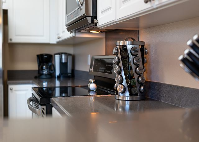Coffee Maker and Stovetop Kitchen Appliances