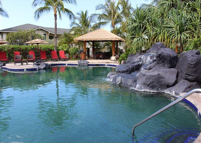 Ko Olina Kai community pool