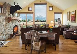 Great Room - Grand Teton Views